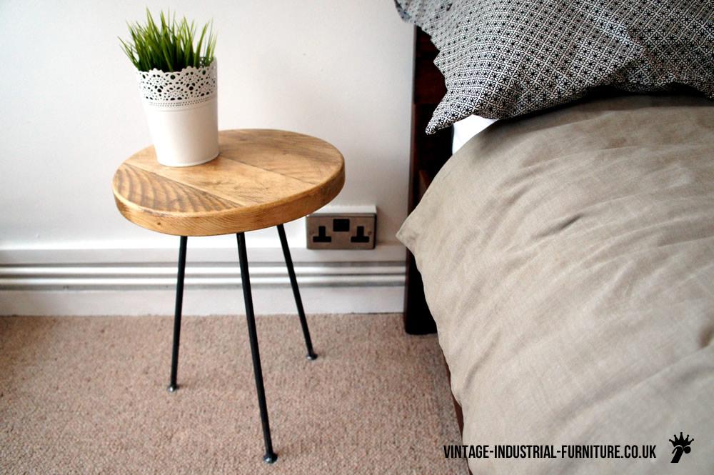 vintage industrial bedside table vif1 vintage industrial furniture. Black Bedroom Furniture Sets. Home Design Ideas