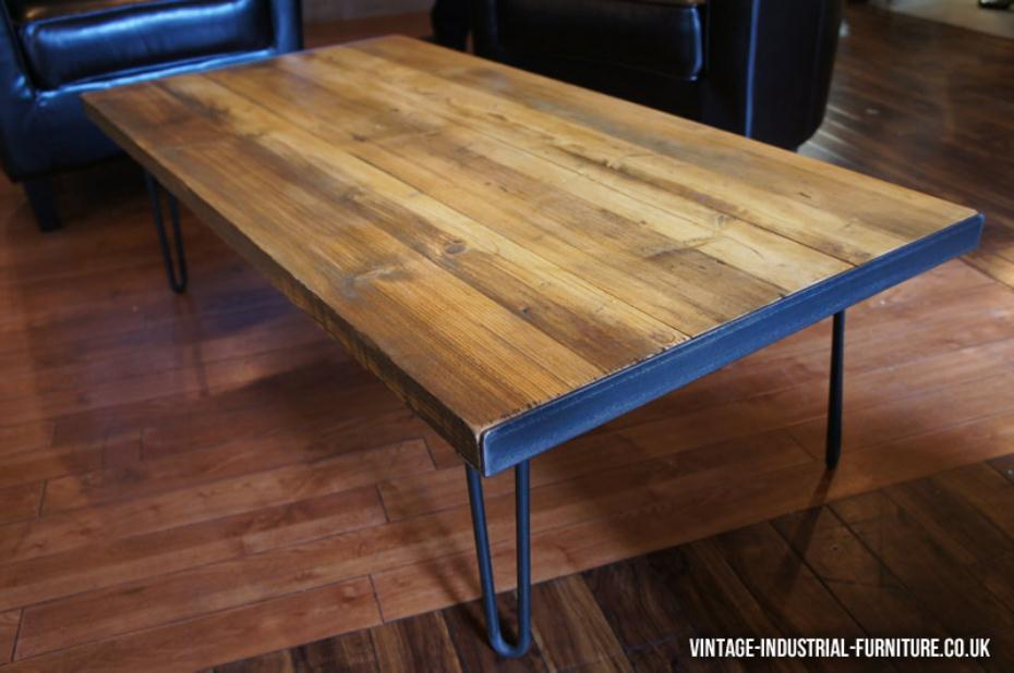 Hairpin leg vintage coffee table with a rich nutty wood colour for Vintage hairpin table legs