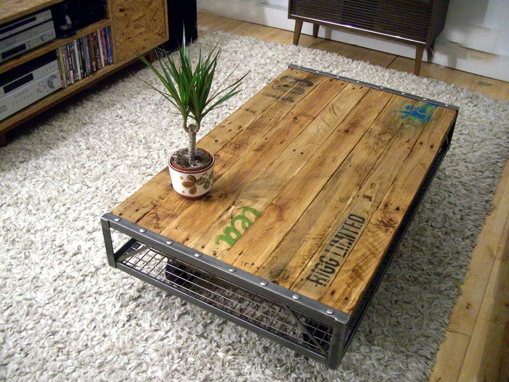 Industrial Pallet Coffee Table -> Table Basse Vintage Industriel