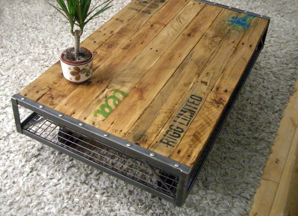 Industrial Pallet Coffee Table -> Table Basse Metal Bois