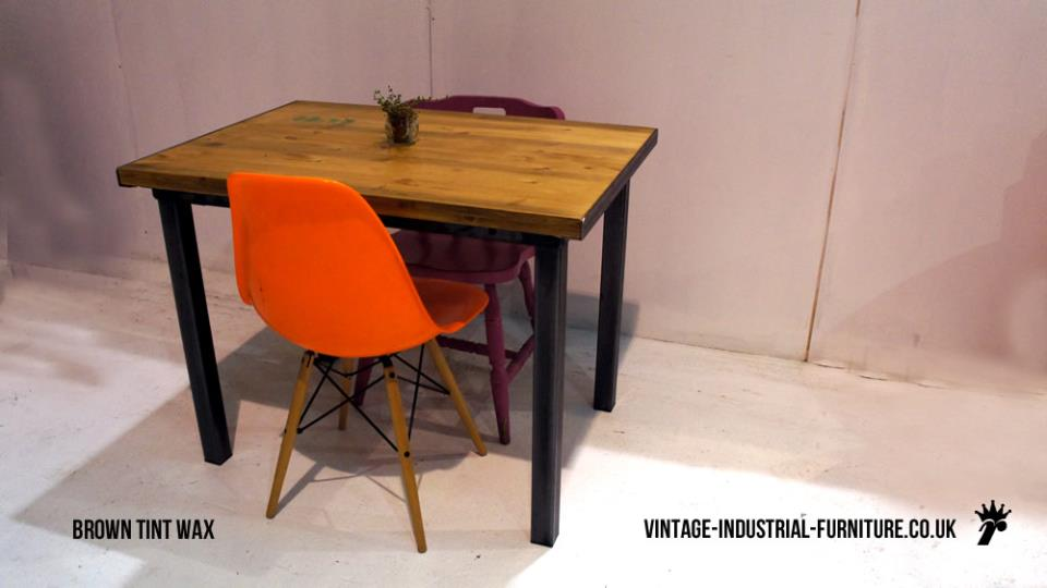 Stencilled Vintage Industrial Dining Table : smallvintageindustrialdiningtable from vintage-industrial-furniture.co.uk size 960 x 540 jpeg 41kB