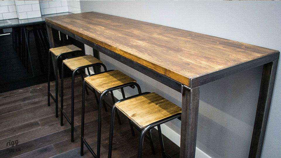 Vintage Industrial High Table : industrialhightoptable from vintage-industrial-furniture.co.uk size 960 x 540 jpeg 76kB